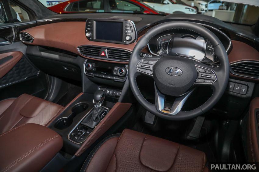 GALLERY: 2020 Hyundai Santa Fe with third-row vents Image #1120081