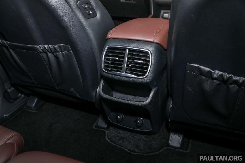 GALLERY: 2020 Hyundai Santa Fe with third-row vents Image #1120097