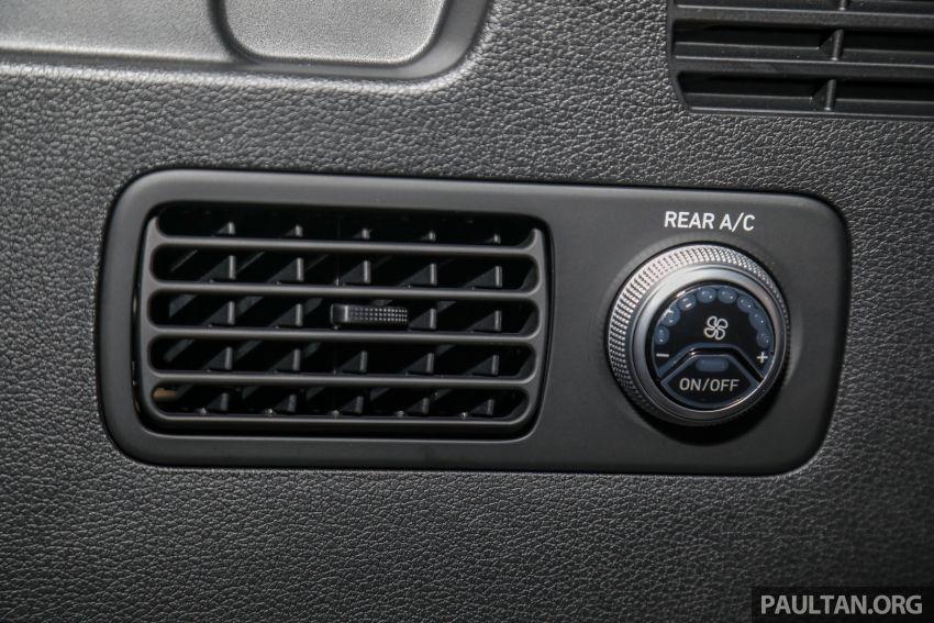GALLERY: 2020 Hyundai Santa Fe with third-row vents Image #1120102