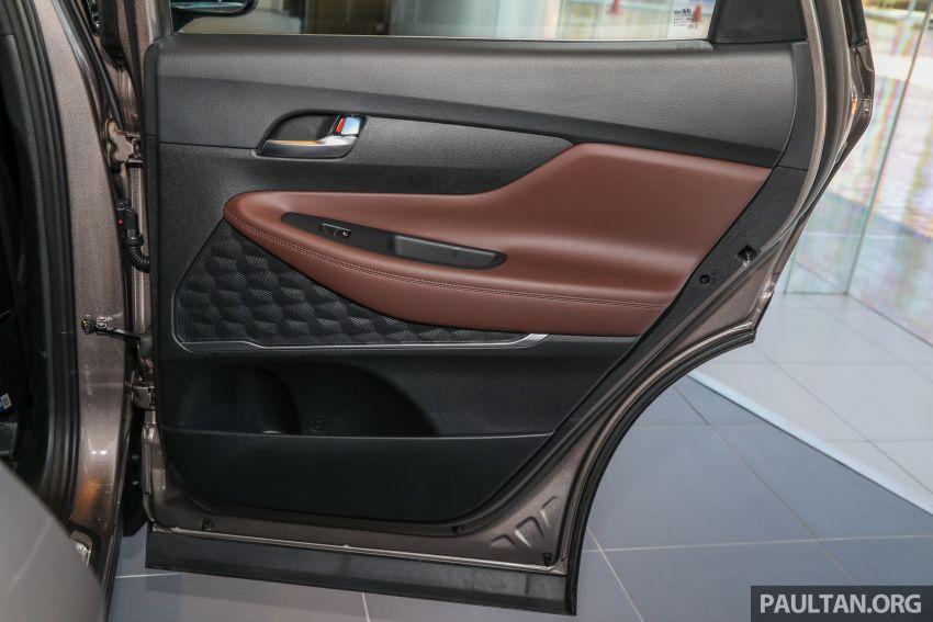 GALLERY: 2020 Hyundai Santa Fe with third-row vents Image #1120105