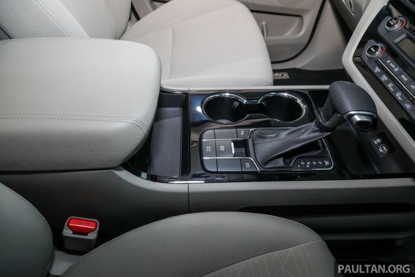 2020 Kia Grand Carnival with 11 seats now in M'sia – 2.2L turbodiesel, 200 PS, 440 Nm, 8-spd auto, RM180k Image #1119487