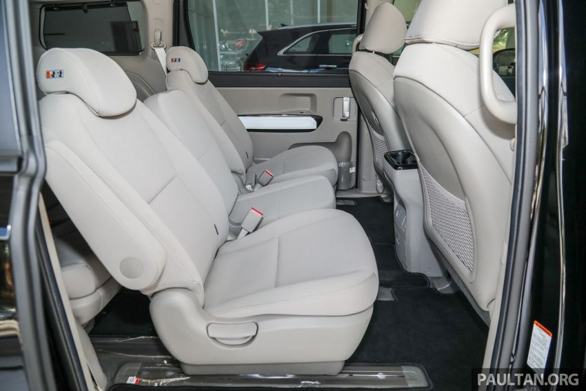 2020 Kia Grand Carnival with 11 seats now in M'sia – 2.2L turbodiesel, 200 PS, 440 Nm, 8-spd auto, RM180k Image #1119502