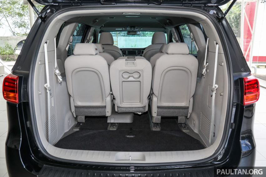 2020 Kia Grand Carnival with 11 seats now in M'sia – 2.2L turbodiesel, 200 PS, 440 Nm, 8-spd auto, RM180k Image #1119515