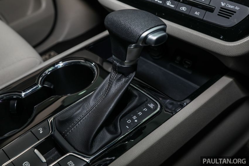 2020 Kia Grand Carnival with 11 seats now in M'sia – 2.2L turbodiesel, 200 PS, 440 Nm, 8-spd auto, RM180k Image #1119483