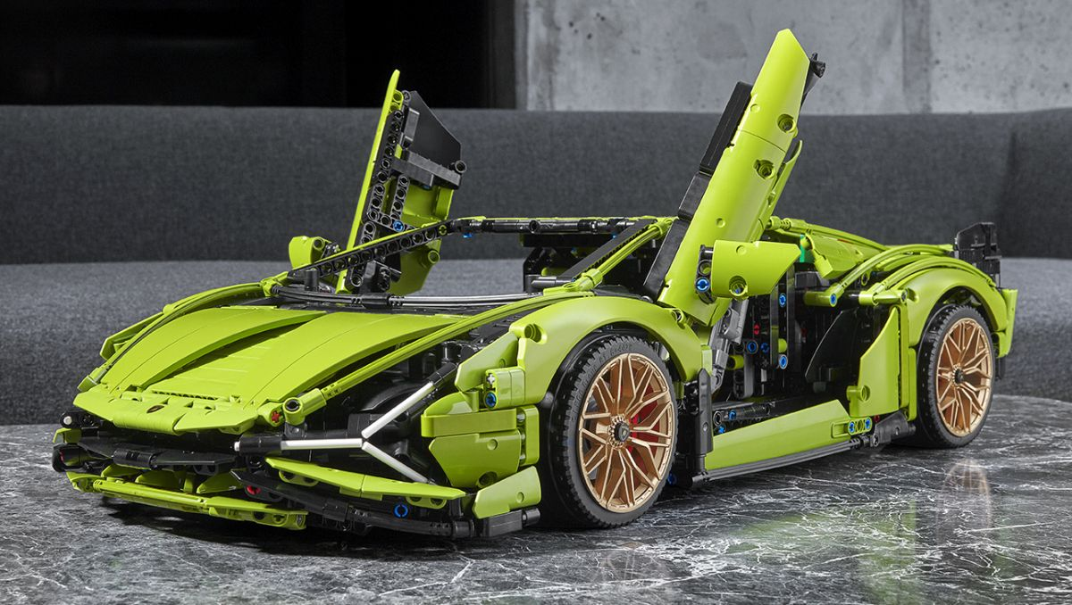 Lego Technic Lamborghini Sián FKP 37 – 3,696 pieces, moving V12, 8-speed gearbox and AWD, RM1,599.90