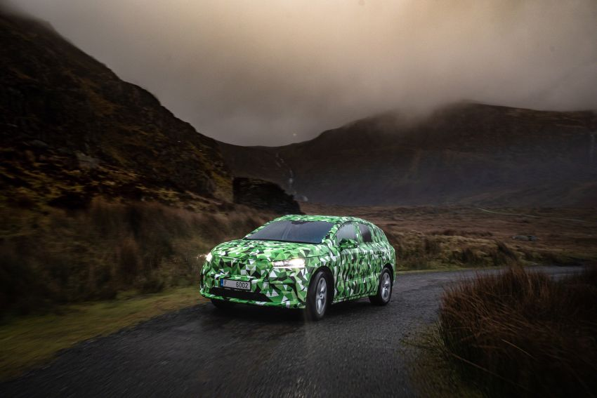 Skoda Enyaq iV teased – electric SUV with 500 km range; 302 hp RS gets from 0-100 km/h in 6.2 secs Image #1116000