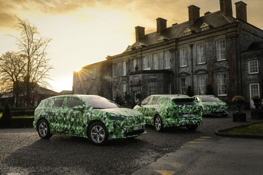 Skoda Enyaq iV teased – electric SUV with 500 km range; 302 hp RS gets from 0-100 km/h in 6.2 secs Image #1115963