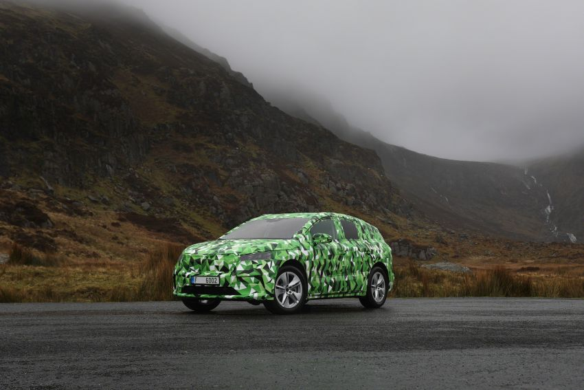 Skoda Enyaq iV teased – electric SUV with 500 km range; 302 hp RS gets from 0-100 km/h in 6.2 secs Image #1115964