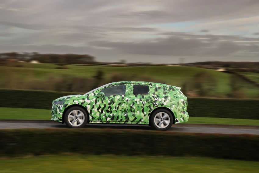 Skoda Enyaq iV teased – electric SUV with 500 km range; 302 hp RS gets from 0-100 km/h in 6.2 secs Image #1115969