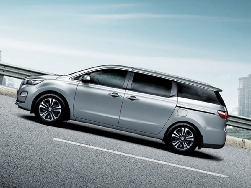 2020 Kia Grand Carnival with 11 seats now in M'sia – 2.2L turbodiesel, 200 PS, 440 Nm, 8-spd auto, RM180k Image #1119647