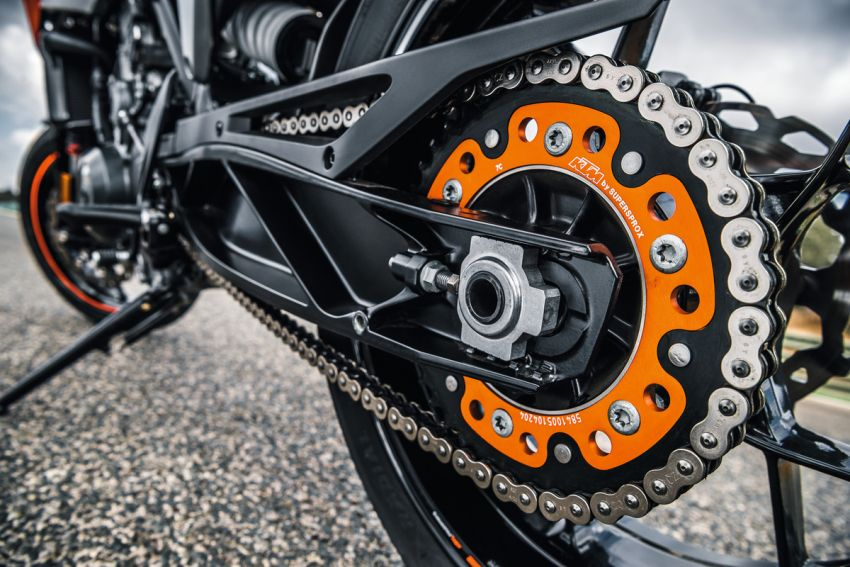 KTM Philippines to produce 790 Duke and Adventure Image #1130406
