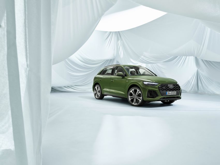 2020 Audi Q5 facelift debuts – updated styling; MIB3 infotainment system; mild hybrid, PHEV powertrains Image #1137844