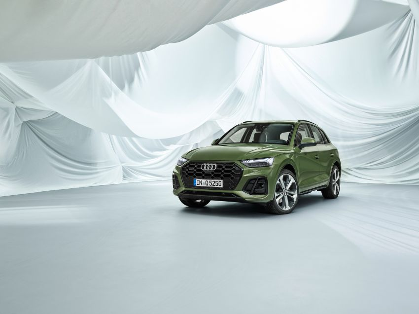 2020 Audi Q5 facelift debuts – updated styling; MIB3 infotainment system; mild hybrid, PHEV powertrains Image #1137845