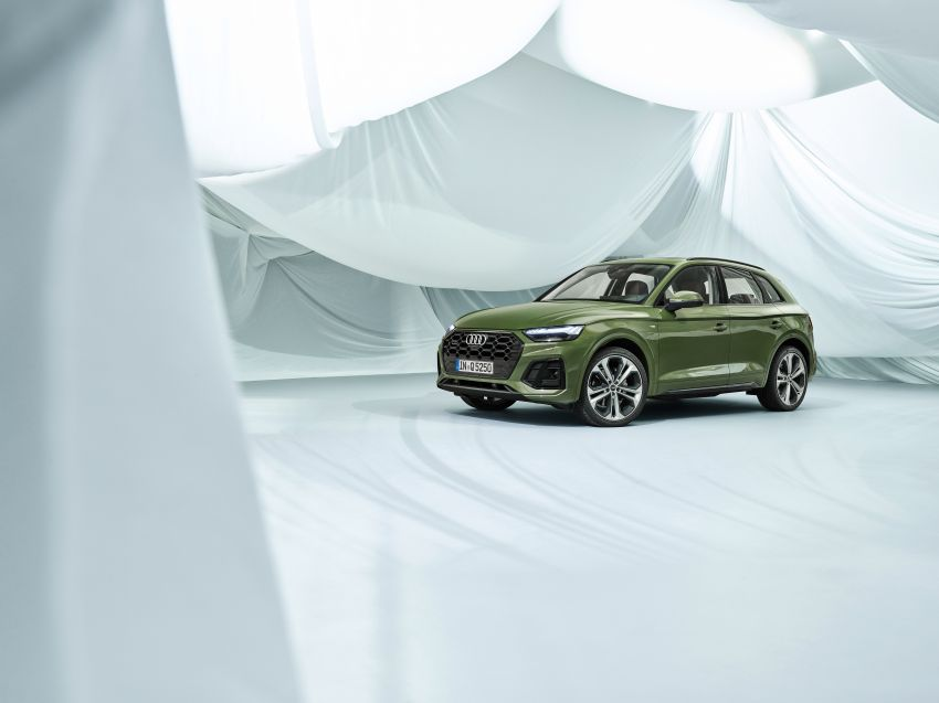 2020 Audi Q5 facelift debuts – updated styling; MIB3 infotainment system; mild hybrid, PHEV powertrains Image #1137847