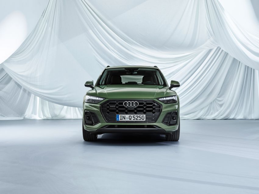 2020 Audi Q5 facelift debuts – updated styling; MIB3 infotainment system; mild hybrid, PHEV powertrains Image #1137853