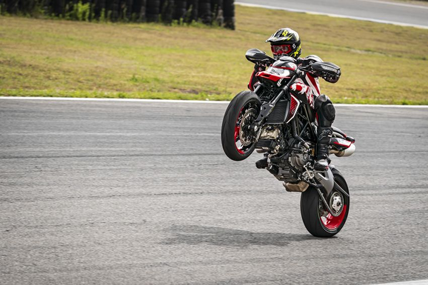 2020 Ducati Hypermotard 950 RVE launched Image #1130775