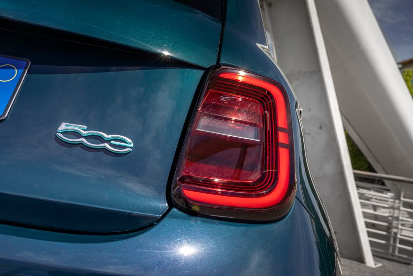 2020 Fiat 500 – EV now available as hardtop hatchback Image #1130045