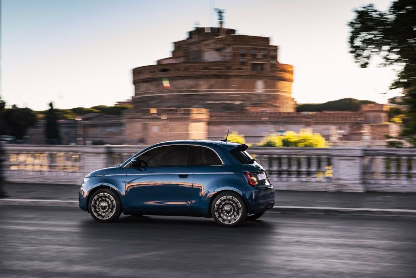 2020 Fiat 500 – EV now available as hardtop hatchback Image #1130033