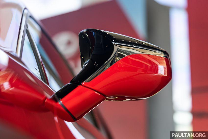 GALERI: Lexus UX 200 Urban 2020 – RM243,888 Image #1126116