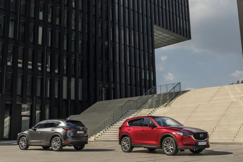 2020 Mazda CX-5 in Europe – new Polymetal Grey, cylinder deactivation, improved refinement and safety Image #1133975