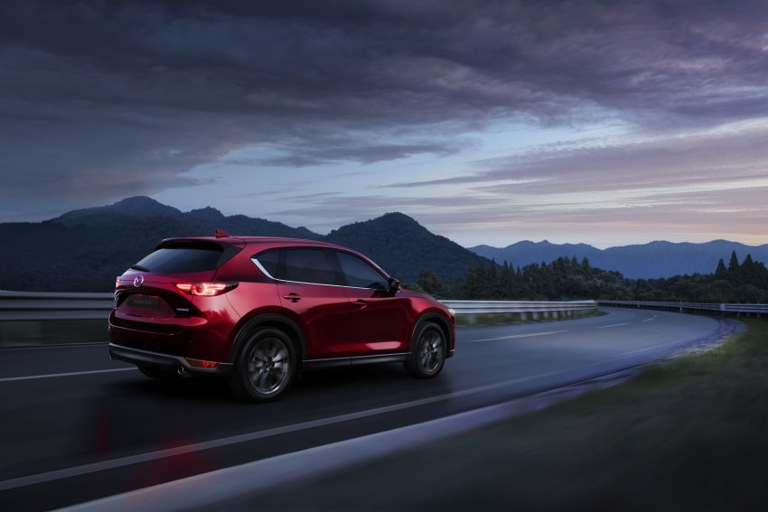 2020 Mazda CX-5 in Europe – new Polymetal Grey, cylinder deactivation, improved refinement and safety Image #1133985