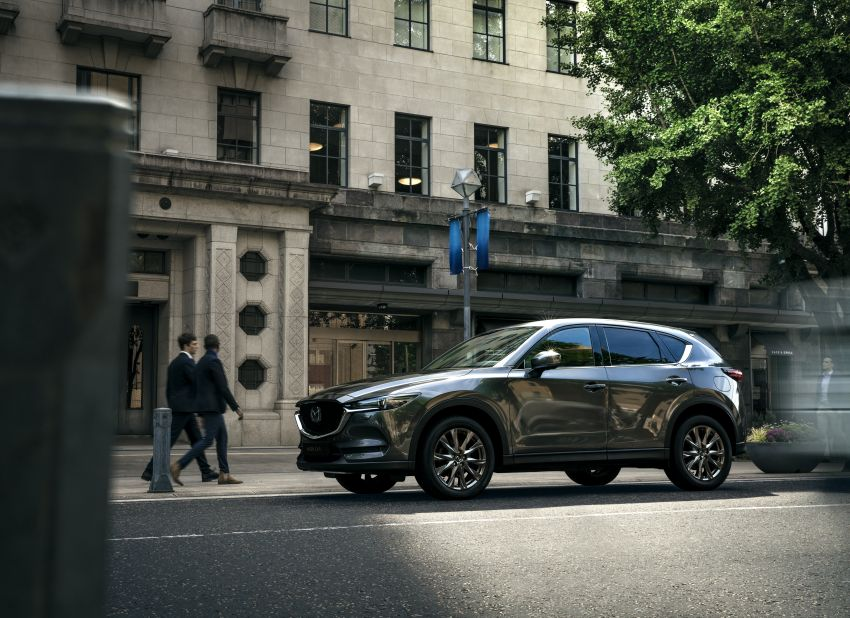 2020 Mazda CX-5 in Europe – new Polymetal Grey, cylinder deactivation, improved refinement and safety Image #1133987