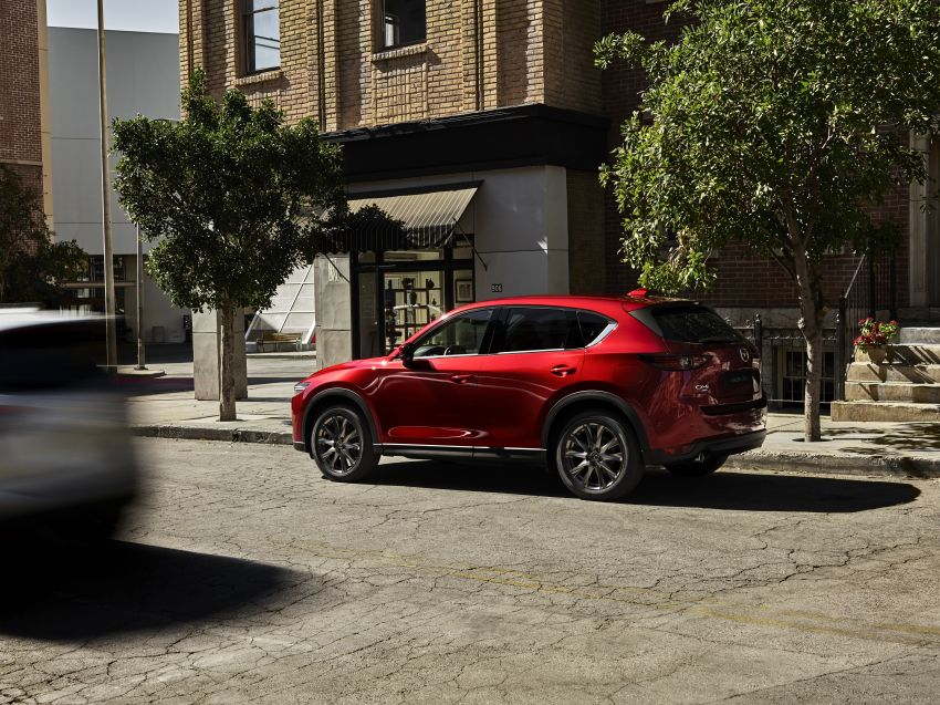 2020 Mazda CX-5 in Europe – new Polymetal Grey, cylinder deactivation, improved refinement and safety Image #1133989