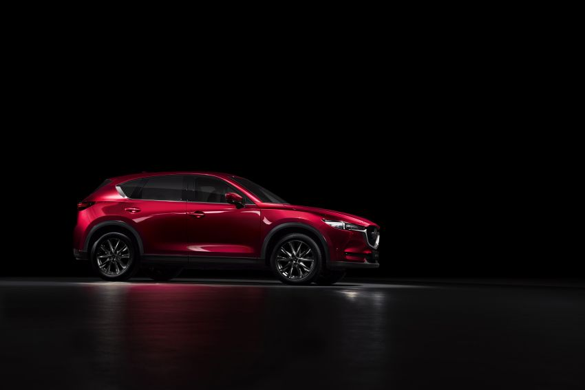 2020 Mazda CX-5 in Europe – new Polymetal Grey, cylinder deactivation, improved refinement and safety Image #1133997