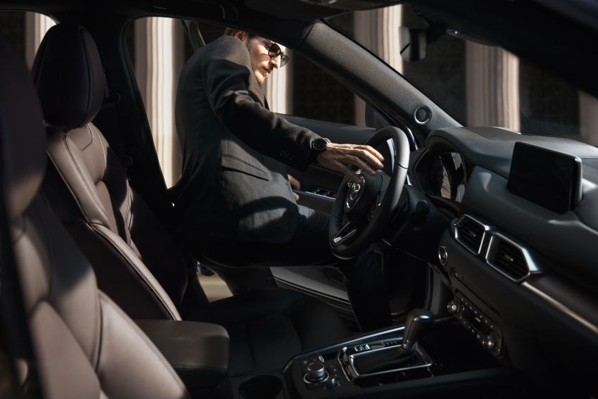 2020 Mazda CX-5 in Europe – new Polymetal Grey, cylinder deactivation, improved refinement and safety Image #1134002