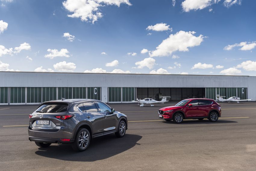 2020 Mazda CX-5 in Europe – new Polymetal Grey, cylinder deactivation, improved refinement and safety Image #1133981
