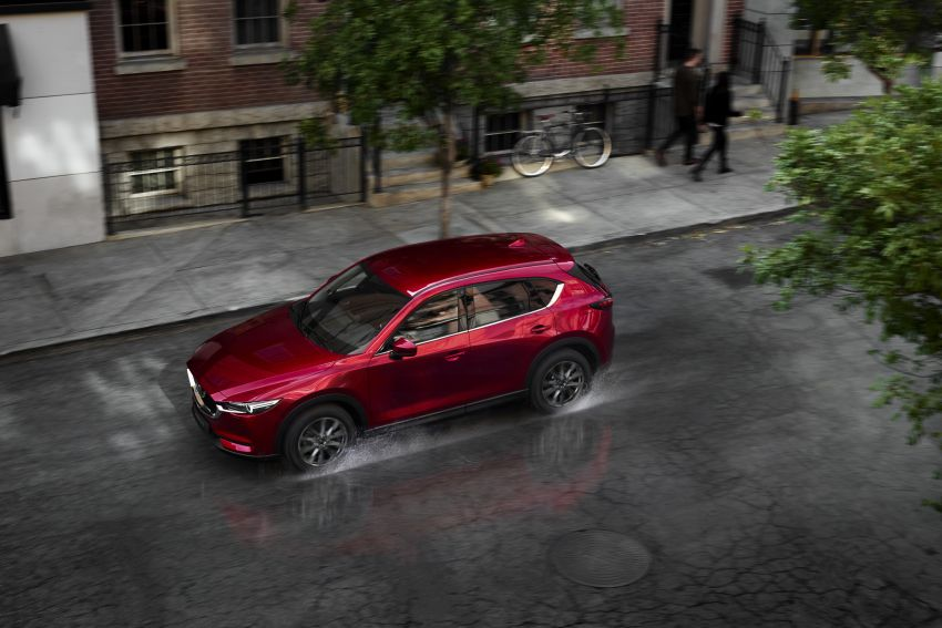 2020 Mazda CX-5 in Europe – new Polymetal Grey, cylinder deactivation, improved refinement and safety Image #1133983