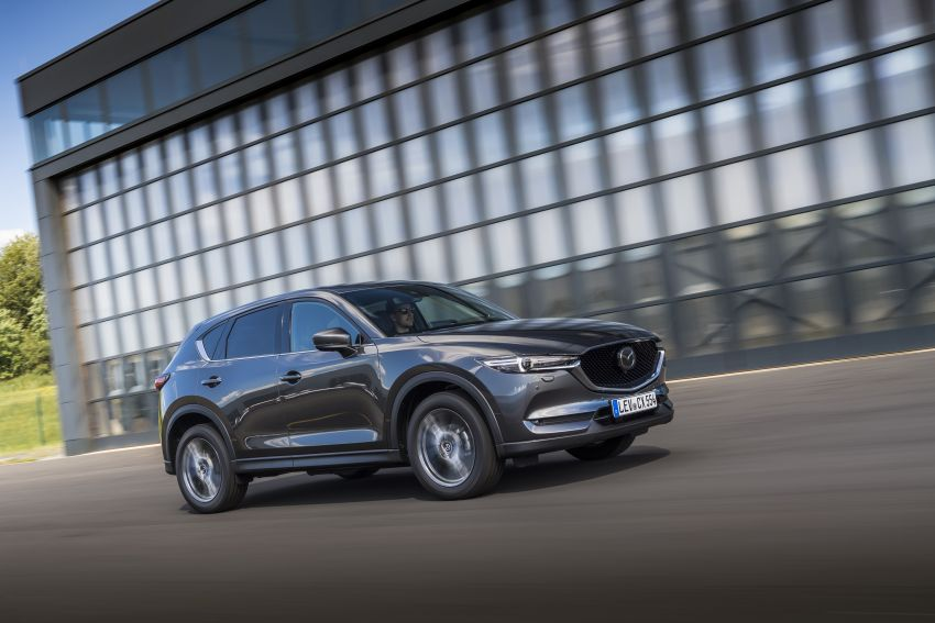 2020 Mazda CX-5 in Europe – new Polymetal Grey, cylinder deactivation, improved refinement and safety Image #1137489