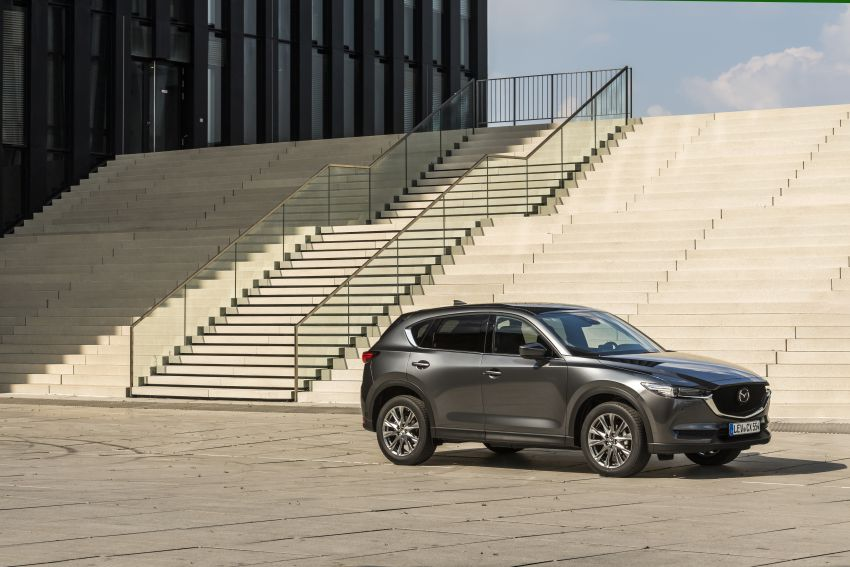 2020 Mazda CX-5 in Europe – new Polymetal Grey, cylinder deactivation, improved refinement and safety Image #1137506