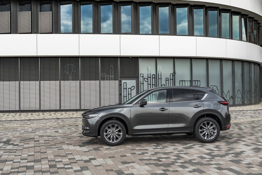 2020 Mazda CX-5 in Europe – new Polymetal Grey, cylinder deactivation, improved refinement and safety Image #1137509