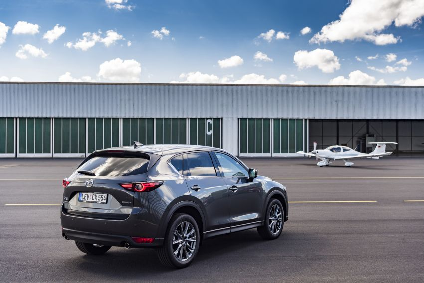 2020 Mazda CX-5 in Europe – new Polymetal Grey, cylinder deactivation, improved refinement and safety Image #1137515