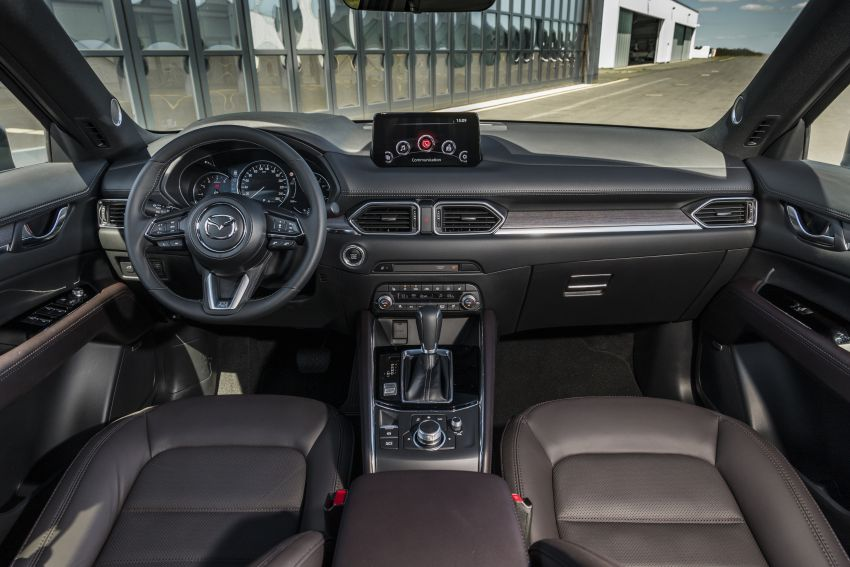 2020 Mazda CX-5 in Europe – new Polymetal Grey, cylinder deactivation, improved refinement and safety Image #1137518