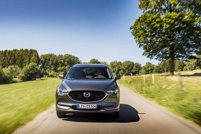 2020 Mazda CX-5 in Europe – new Polymetal Grey, cylinder deactivation, improved refinement and safety Image #1137484