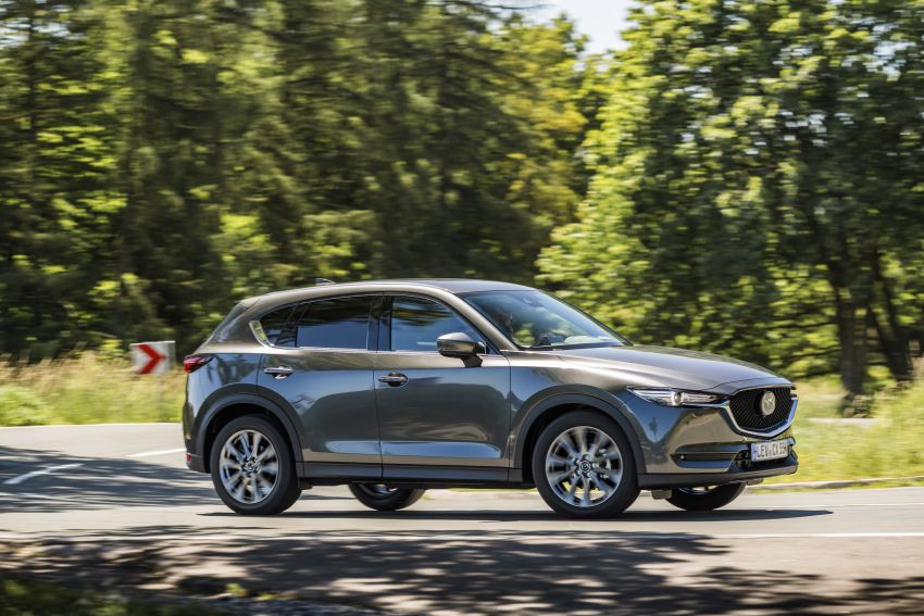 2020 Mazda CX-5 in Europe – new Polymetal Grey, cylinder deactivation, improved refinement and safety Image #1137487