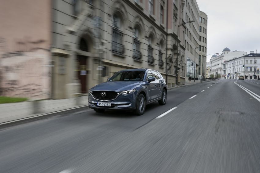 2020 Mazda CX-5 in Europe – new Polymetal Grey, cylinder deactivation, improved refinement and safety Image #1137607