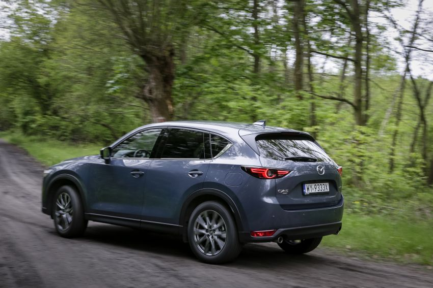 2020 Mazda CX-5 in Europe – new Polymetal Grey, cylinder deactivation, improved refinement and safety Image #1137622