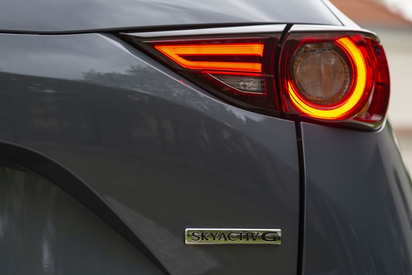 2020 Mazda CX-5 in Europe – new Polymetal Grey, cylinder deactivation, improved refinement and safety Image #1137633