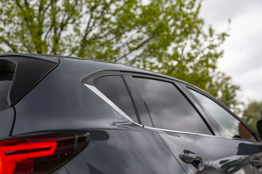 2020 Mazda CX-5 in Europe – new Polymetal Grey, cylinder deactivation, improved refinement and safety Image #1137635