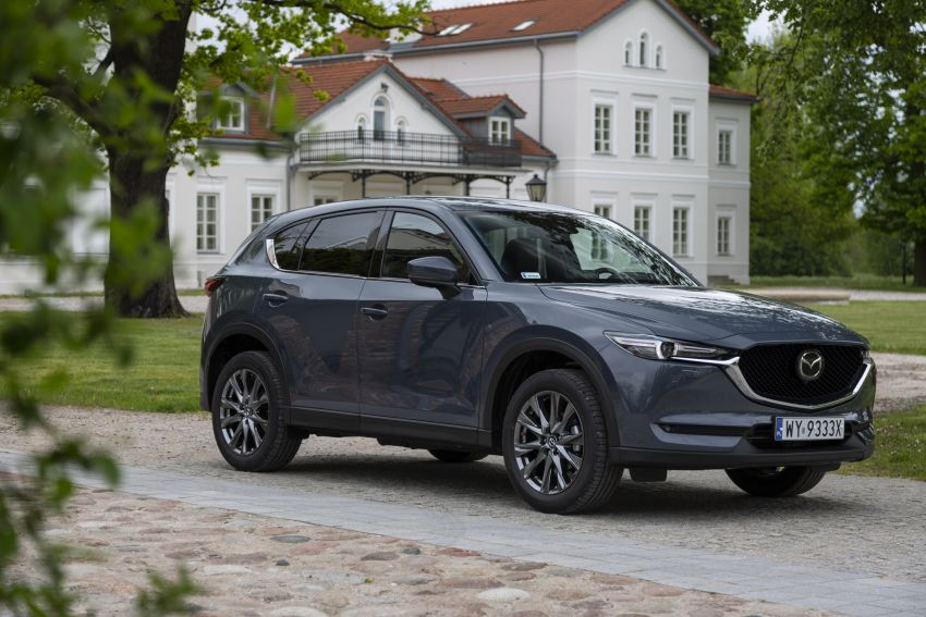 2020 Mazda CX-5 in Europe – new Polymetal Grey, cylinder deactivation, improved refinement and safety Image #1137637