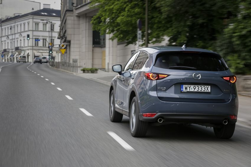 2020 Mazda CX-5 in Europe – new Polymetal Grey, cylinder deactivation, improved refinement and safety Image #1137608