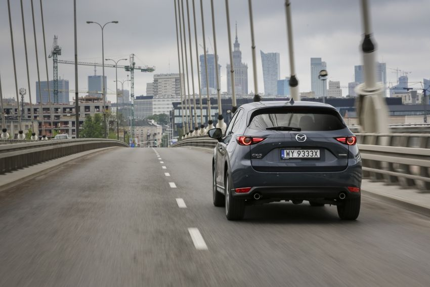 2020 Mazda CX-5 in Europe – new Polymetal Grey, cylinder deactivation, improved refinement and safety Image #1137610