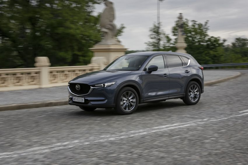 2020 Mazda CX-5 in Europe – new Polymetal Grey, cylinder deactivation, improved refinement and safety Image #1137615