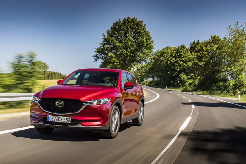 2020 Mazda CX-5 in Europe – new Polymetal Grey, cylinder deactivation, improved refinement and safety Image #1137386