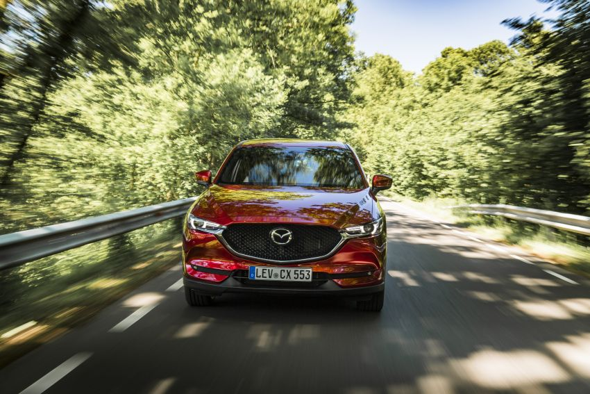 2020 Mazda CX-5 in Europe – new Polymetal Grey, cylinder deactivation, improved refinement and safety Image #1137396