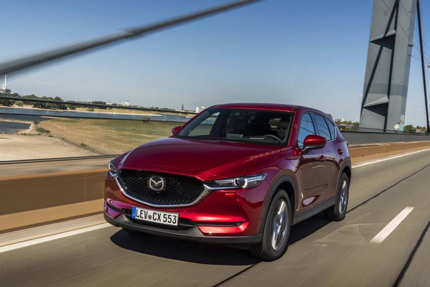 2020 Mazda CX-5 in Europe – new Polymetal Grey, cylinder deactivation, improved refinement and safety Image #1137397
