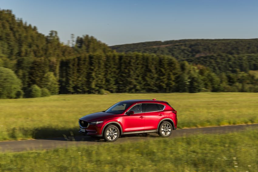 2020 Mazda CX-5 in Europe – new Polymetal Grey, cylinder deactivation, improved refinement and safety Image #1137402